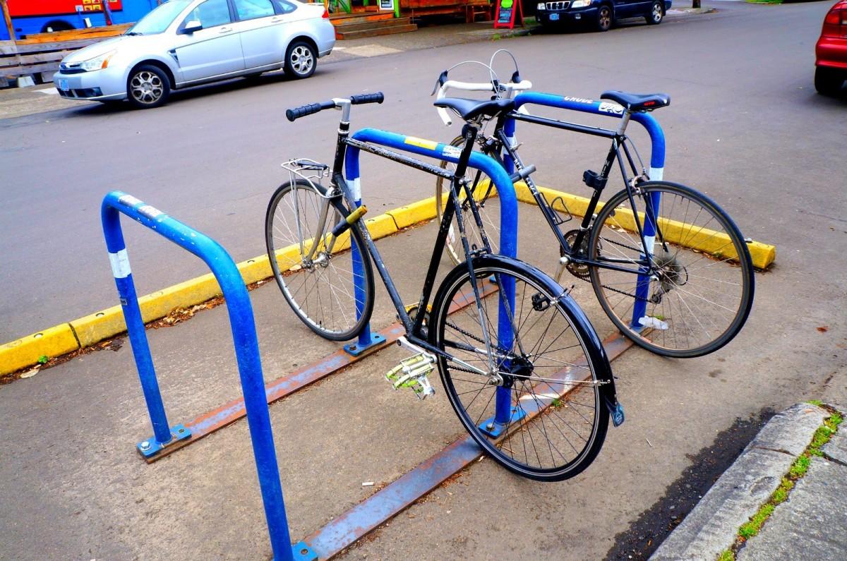 自転車の 自転車 車道 歩道 法律 : 各通りにはかならず自転車の ...