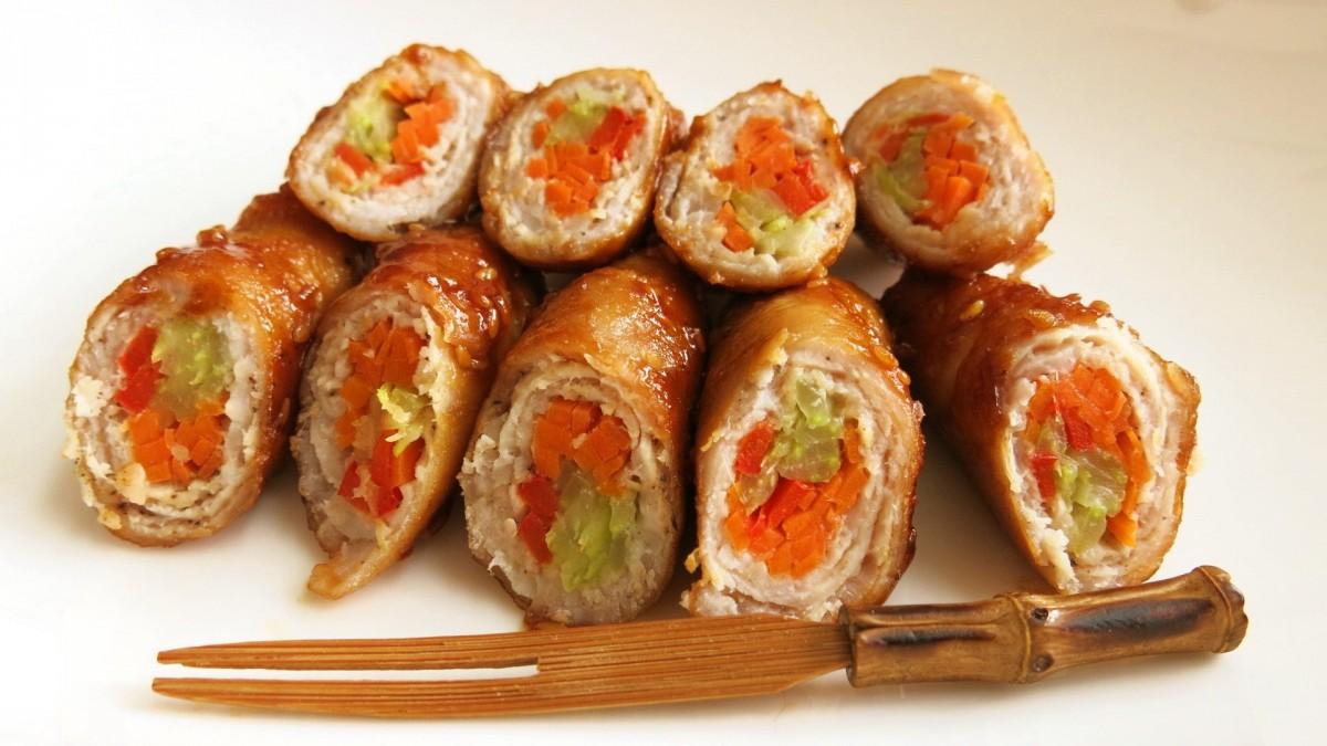 Mischaさんの日本の家庭料理♡英語レシピ お肉をヘルシーにいただく!〜野菜の豚肉巻き〜