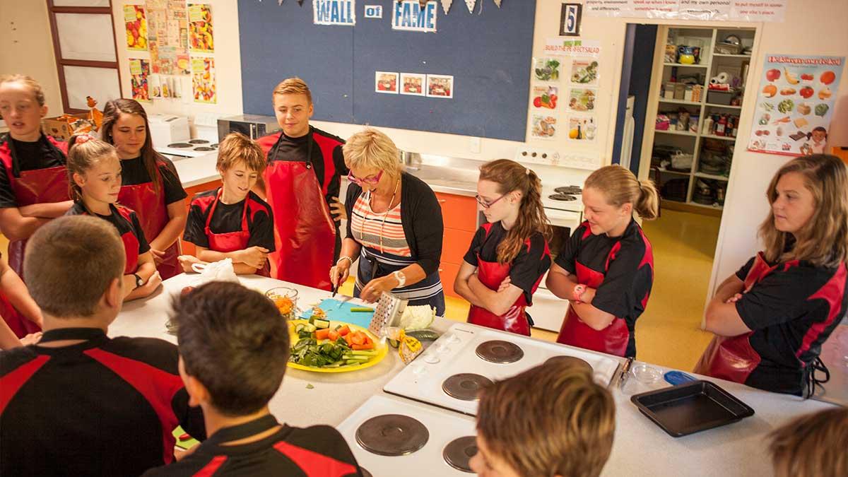 ニュージーランド留学おススメ学校|家庭科の授業風景