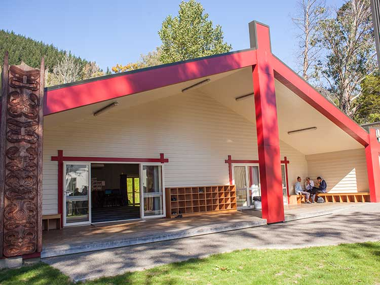 ニュージーランド留学おススメ学校|NELSON COLLEGE マラエ