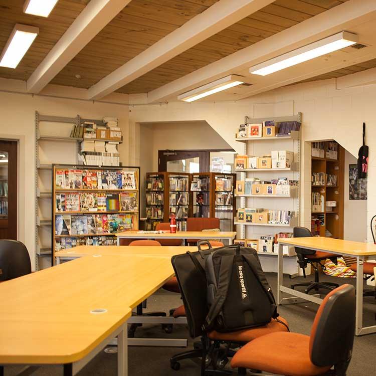ニュージーランド留学おススメ学校 AIC 図書館