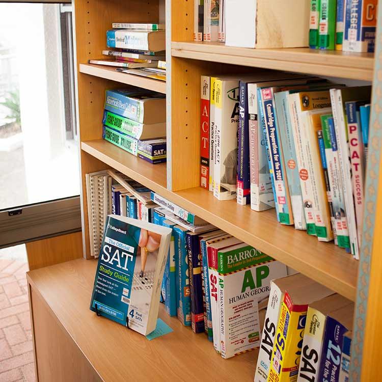 ニュージーランド留学おススメ学校AIC 図書館 